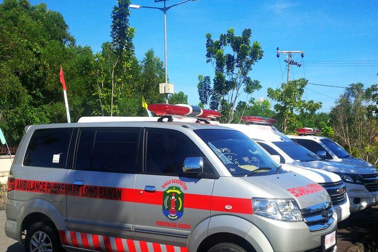 Mobil ambulans dari Kementerian Kesehatan melalui DAK Afirmasi, DAK Reguler, dan DAK Penugasan untuk 2 puskesmas di Kecamatan Krayan. Untuk mengirimkan 4 ambulans tersebut, Dinas Kesehatan Kabupaten Nunukan terpaksa mengirim melalui Malaysia karena tidak adaakses jalan dari Kota Nunukan ke Kecamatan Krayan.