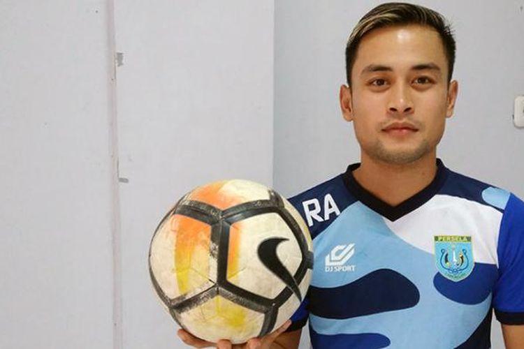 M Agung Pribadi menyatakan siap membantu Persela Lamongan memenangi laga kontra Persib Bandung.