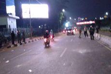 Demo Mahasiswa di Depan Gedung DPR Bubar, Jalan dari Slipi ke Semanggi Dibuka