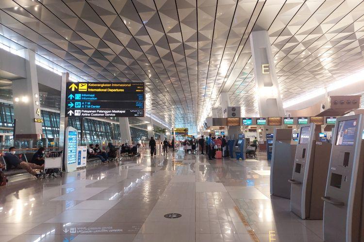 Suasana di Terminal 3 Bandara Soekarno-Hatta, Kota Tangerang,