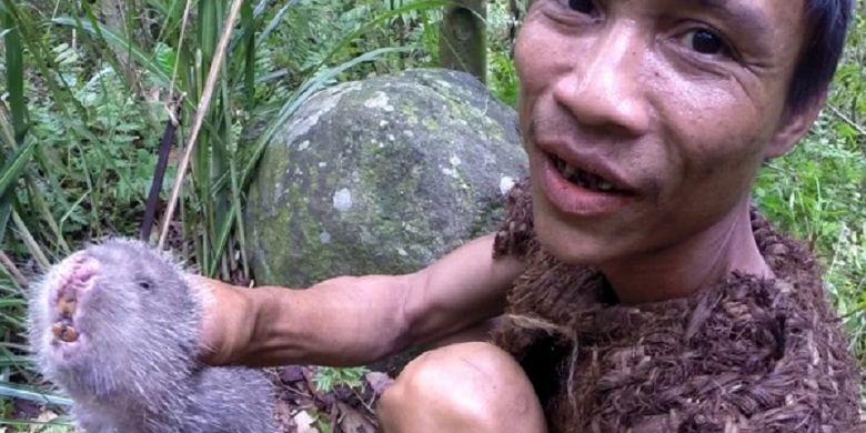 Tarzan Dunia Nyata Ini Meninggal setelah 8 Tahun Hidup Bersama Masyarakat