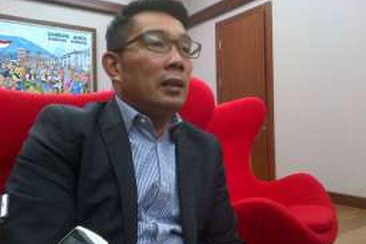 Wali Kota Bandung Ridwan Kamil saat ditemui di Balai Kota Bandung, Jalan Wastukancana, Senin (7/11/2016). KOMPAS.com/DENDI RAMDHANI