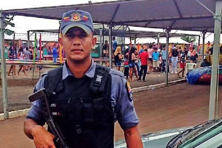 Petugas Roberto Rodrigo de Souza, polisi di Mato Grosso, Brasil, yang dilaporkan tewas disiksa setelah berdebat mengenai toilet.