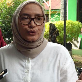 Komisioner KPU RI Evi Novida Ginting Manik yang datang ke Kota Medan dalam rangka meninjau proses rekapitulasi di tingkat kecamatan, Jumat (26/4/2019)
