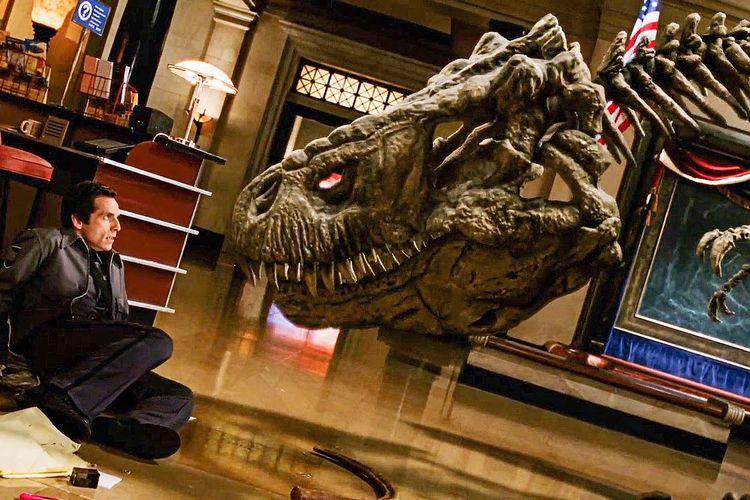 Ben Stiller yang berperan menjadi penjaga malam museum di film Night at the Museum.