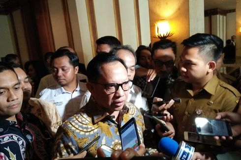 Mendagri Tito Apresiasi Langkah Anies untuk Pencegahan Corona di DKI