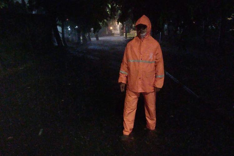 Genangan Hujan di Jalan Strategi, Lurah Joglo, Kec. Kembangan, pada Minggu (4/10/2020)