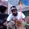 YouTuber India Ditangkap Pasca Menerbangkan Anjing dengan Balon Helium
