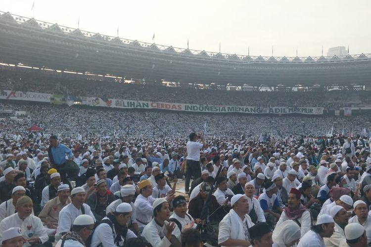 Suasana kampanye akbar Prabowo-Sandiaga di Stadion Gelora Bung Karno, Minggu (7/4/2019).