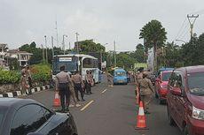 Tidak Pakai Masker, Pengedara di Jalur Puncak Bogor Dihukum Push Up