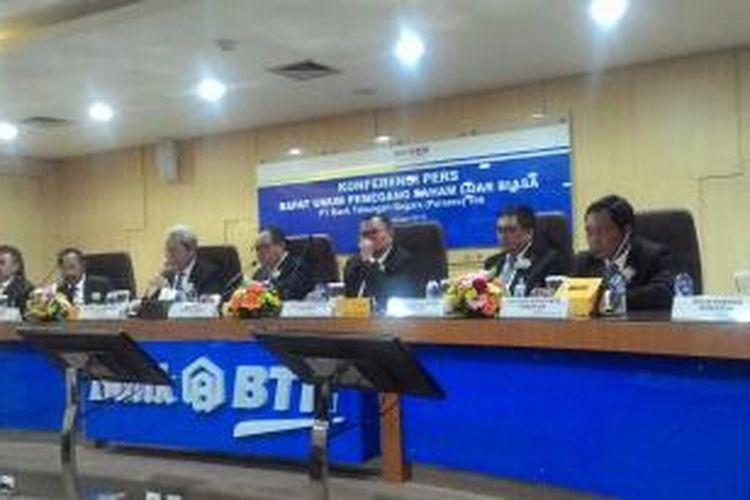 Konferensi Pers Rapat Umum Pemegang Saham Luar Biasa Bank BTN, Kamis (7/1/2016).