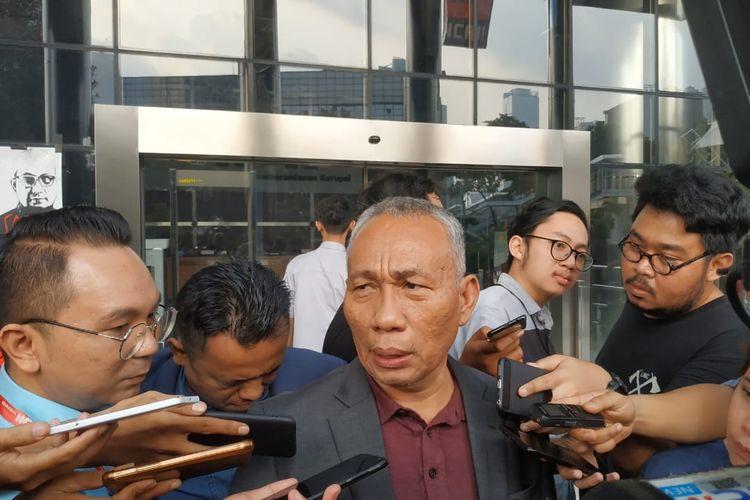 Pengacara Anggota DPR Bowo Sidik Pangarso, Saut Edward Rajagukguk di Gedung Merah Putih KPK, Jakarta, Rabu (10/4/2019).