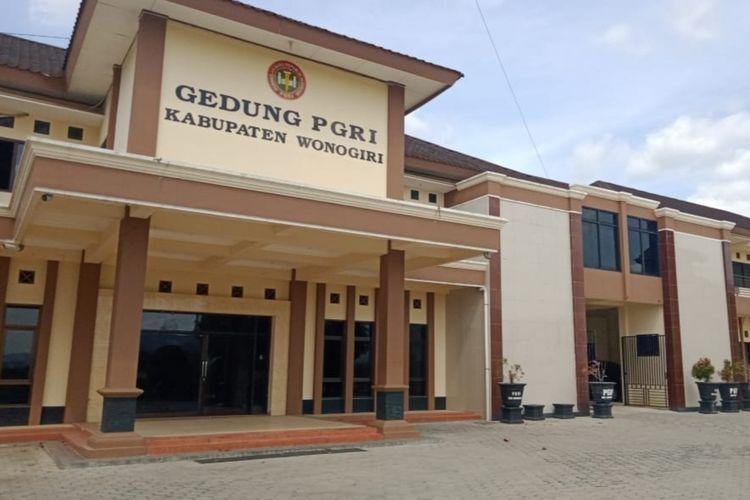 Inilah Gedung PGRI Kabupaten Wonogiri yang akan dijadikan tempat isolasi pasien positif Covid-19 berstatus OTG