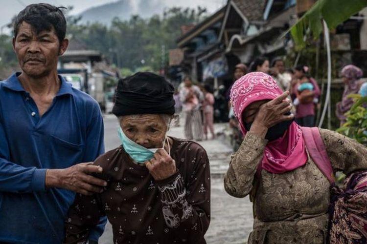 Proses evakuasi masih difokuskan bagi kelompok rentan seperti lansia