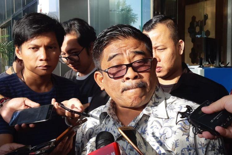 Direktur Jenderal Otonomi Daerah (Otda) Kementerian Dalam Negeri (Kemendagri) Soni Sumarsono memenuhi pemeriksaan di Komisi Pemberantasan Korupsi (KPK), Jakarta, Kamis (10/1/2019).