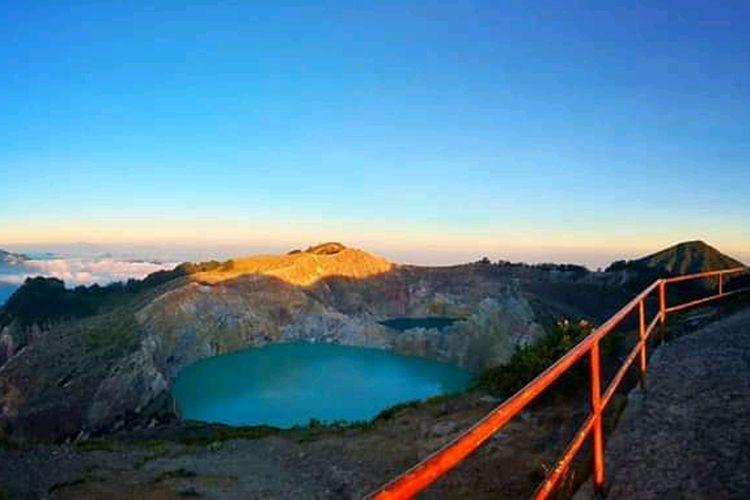 Foto : Taman Nasional Kelimutu.