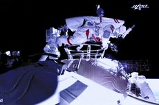 Momen Dua Astronot China Lakukan Spacewalk Pertama di Luar Stasiun Ruang Angkasa Baru