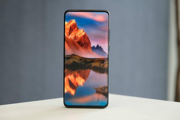 Xiaomi pamerkan ponsel dengan teknologi under screen camera