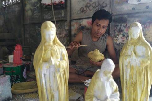 Mengunjungi Bengkel Pengrajin Patung Rohani yang Sedang Kebanjiran Pesanan Jelang Natal