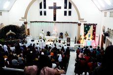 Umat Katolik di Palopo Jalani Misa Malam Natal Penuh Khidmat