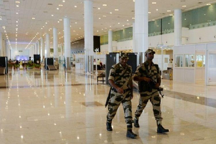 Ilustrasi polisi bandara di India.
