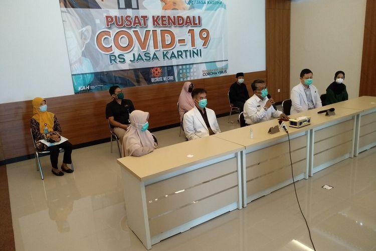 Rumah Sakit Jasa Kartini Kota Tasikmalaya merilis penambahan pasien sembuh covid-19 yang salah satunya anggota DPRD Kabupaten Tasikmalaya, Kamis (16/4/2020).