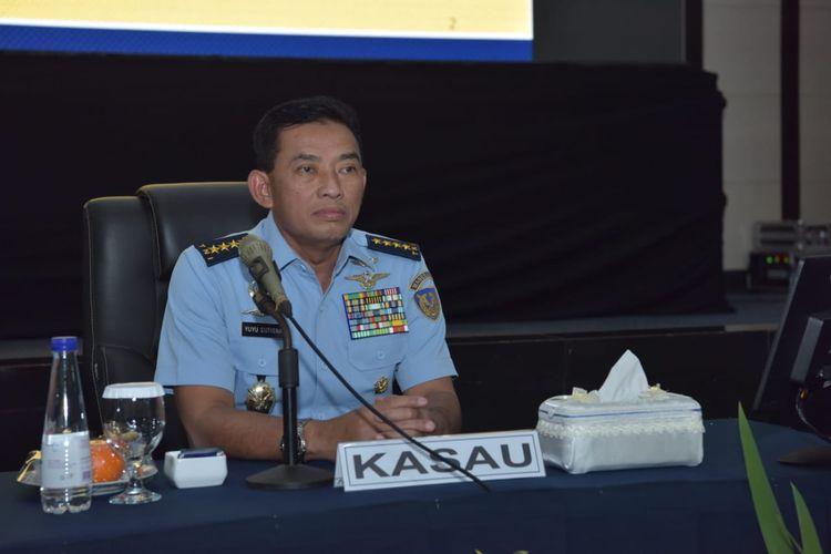 Kepala Staf Angkatan Udara (Kasau) Marsekal TNI Yuyu Sutisna di gedung Serba Guna Soeharnoko Harbani Mabes AU, Cilangkap, Jakarta Timur, Rabu (5/2/2020).
