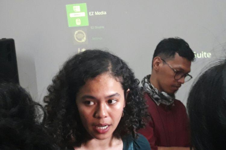 Peneliti Indonesia Corruption Watch (ICW) Lalola Easter di Kantor iCW, Kamis (3/5/2018).