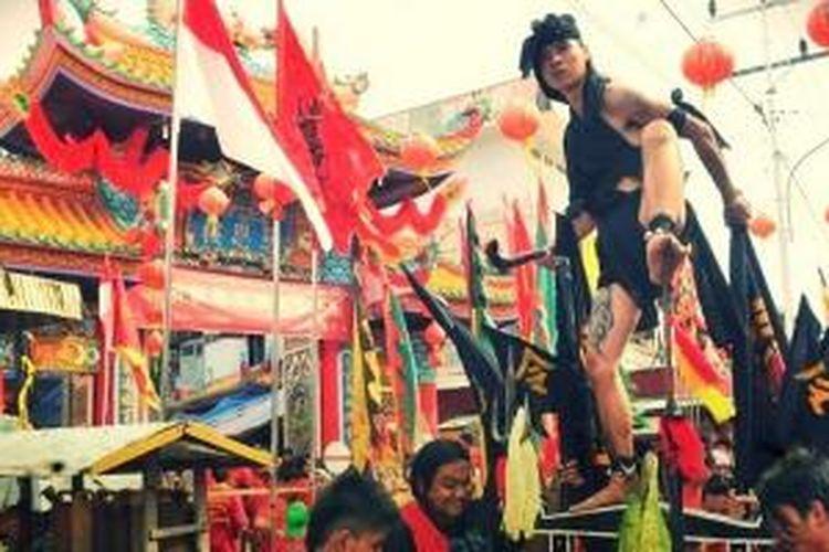 Perayaan Cap Go Meh di Singkawang, Kalbar tahun 2012.