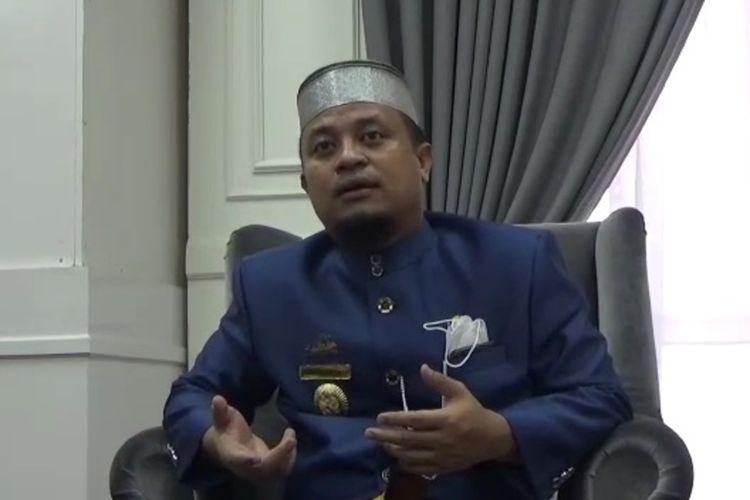 Plt Gubernur Sulawesi Selatan Andi Sudirman Sulaiman menjelaskan penerapan PPKM di Jawa-Bali sudah tepat untuk menekan laju perpindahan pelaku perjalanan menuju ke Sulawesi Selatan karena kebanyakan kasus yang terjadi adalah importis Jawa-Bali, Jumat (02/07/2021)