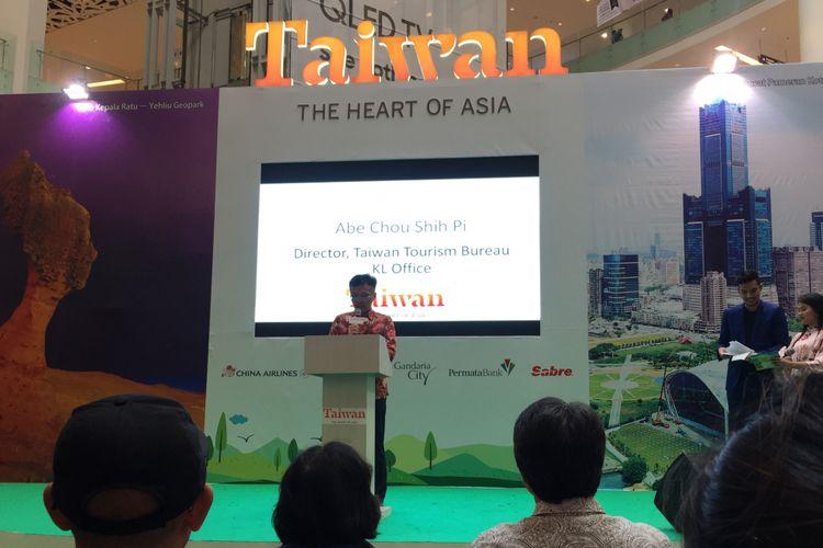 Abe Choi Shih Pi, Director of Taiwan Tourism Bureau Kuala Lumpur Office membuka Taiwan Travel Fair 2018 di Gandaria City, Jakarta, Jumat (29/9/2018).