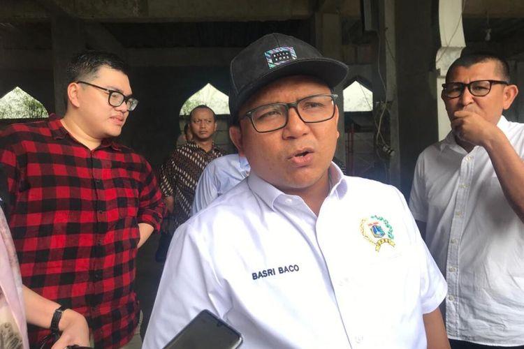 Ketua Fraksi Golkar DPRD DKI Jakarta Basri Baco, di Semanan, Kalideres, Jakarta Barat, Selasa (7/1/2020)