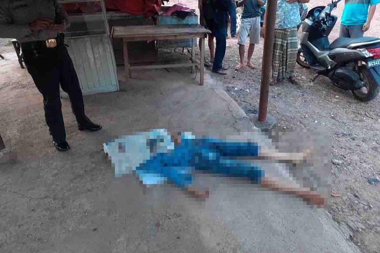 Seorang wanita ditemukan tewas di depan PO Bus AKAP di Palembang, Sumatera Selatan, Jumat (21/8/2020).