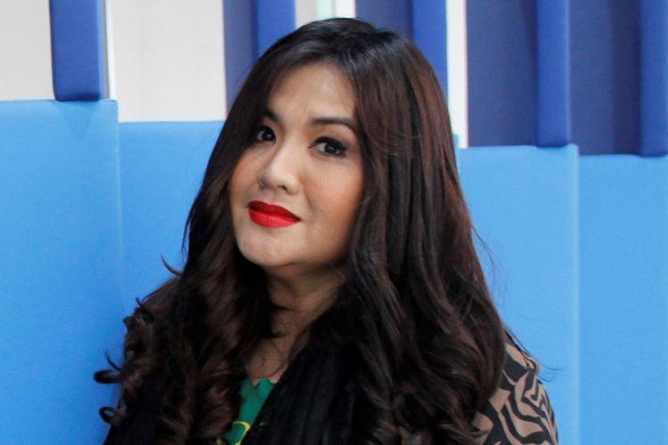 Cornelia Agatha, pemeran Sarah dalam sinetron seri Si Doel Anak Sekolahan dan film-film Si Doel The Movie, menjadi salah satu bintang tamu dalam live streaming Selebrasi (Selebritas Beraksi) di Studio 1 KompasTV, Palmerah Selatan, Jakarta Pusat, pada Selasa (11/6/2019).