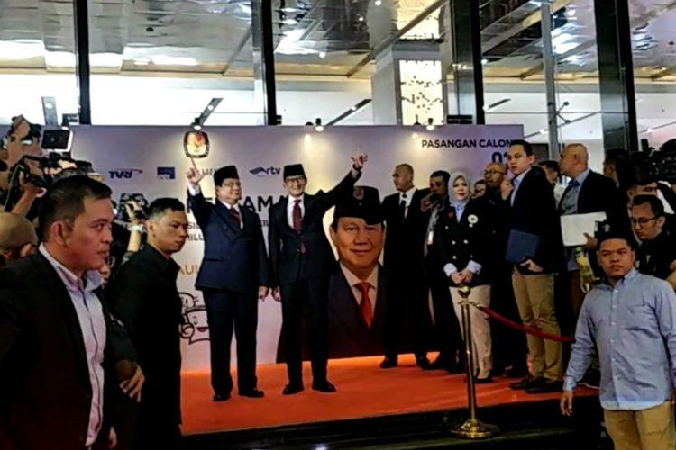 Pasangan Prabowo-Sandiaga saat tiba di Hotel Bidakara Jakarta, Kamis (17/1/2019)