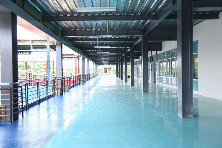 Suasana pembangunan proyek terminal pondok cabe di Tangerang Selatan, Banten, Selasa (09/01/2018). Terminal ini dibuat untuk menggantikan Terminal Bus Lebak Bulus yang dibangun menjadi stasiun dan depo kereta angkutan cepat massal (MRT).