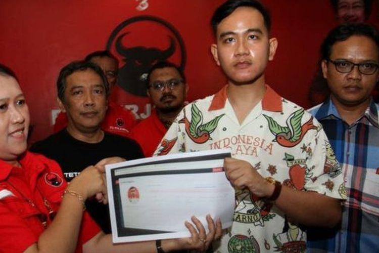 Gibran Rakabuming Raka, putra sulung Presiden Jokowi, mengaku ikut bersaing memperebutkan kursi wali kota Solo, tanpa bantuan ayahnya.