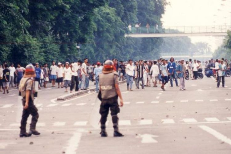 Ilustrasi: Kerusuhan Mei 1998