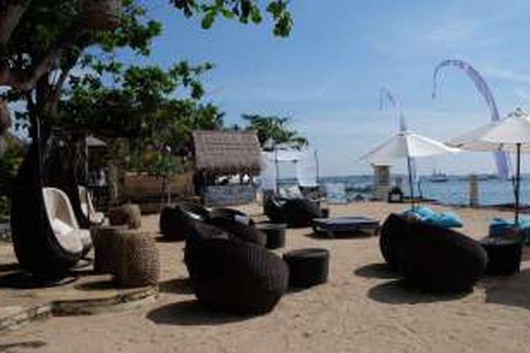 Pantai privat, fasilitas di Novotel Benoa Bali.