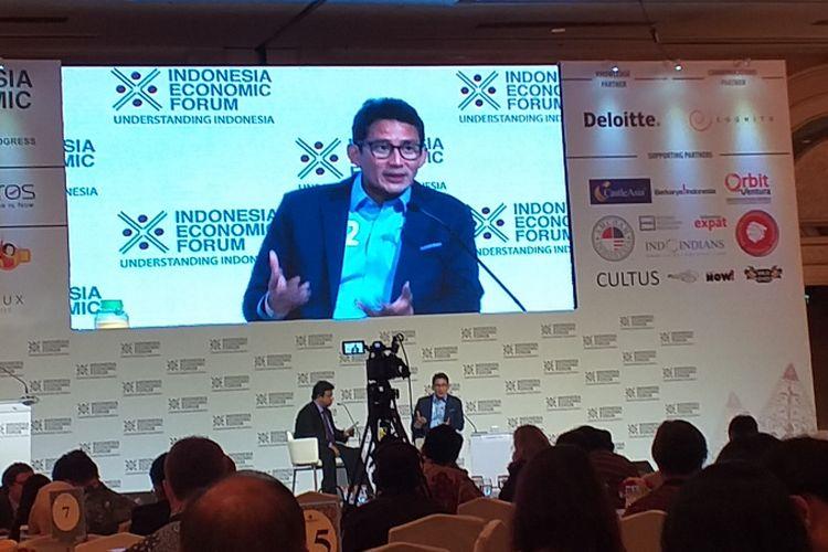 Calon wakil presiden nomor urut 02 Sandiaga Uno sata menjadi pembicara dalam Indonesia Economic Forum 2018 di Jakarta, Rabu (21/11/2018).