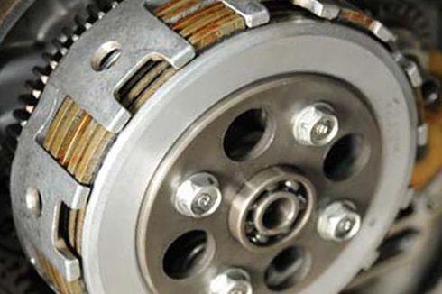 Motor Kopling Basah dan Kopling Kering, Lebih Unggul Mana?
