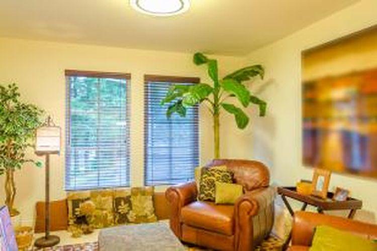 Di dalam ruangan, sumber polutan yang melepas gas atau partikel ke udara menjadi penyebab utama masalah kualitas udara di dalam rumah.