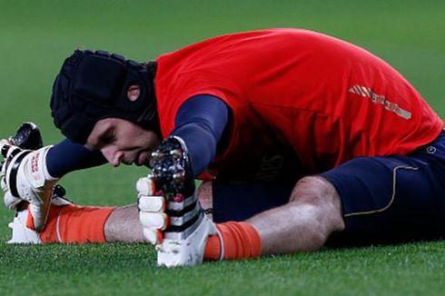 Cech Beri Instruksi dalam Bahasa Inggris, Spanyol, dan Perancis