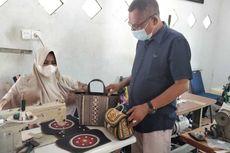 Melihat Kerajinan Tas Aceh Bertahan di tahun Kedua Pandemi Covid-19