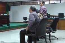 Membela Diri Sambil Menangis, Hakim PTUN Mengaku Menyesal Terima Uang Kaligis