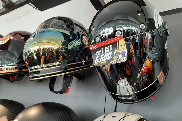 Ragam helm klasik di IIMS Motobike Expo 2019