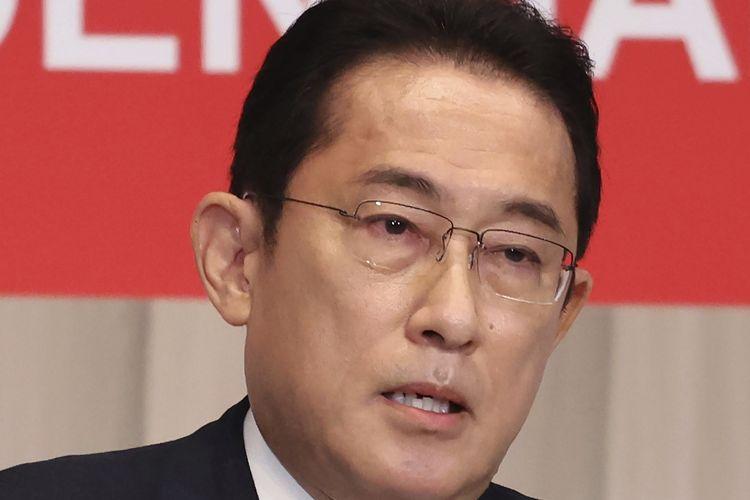 El candidato a primer ministro japonés y ex ministro de Relaciones Exteriores, Fumio Kishida, se dirigió a un mitin de campaña en Tokio el viernes (17/9/2021).