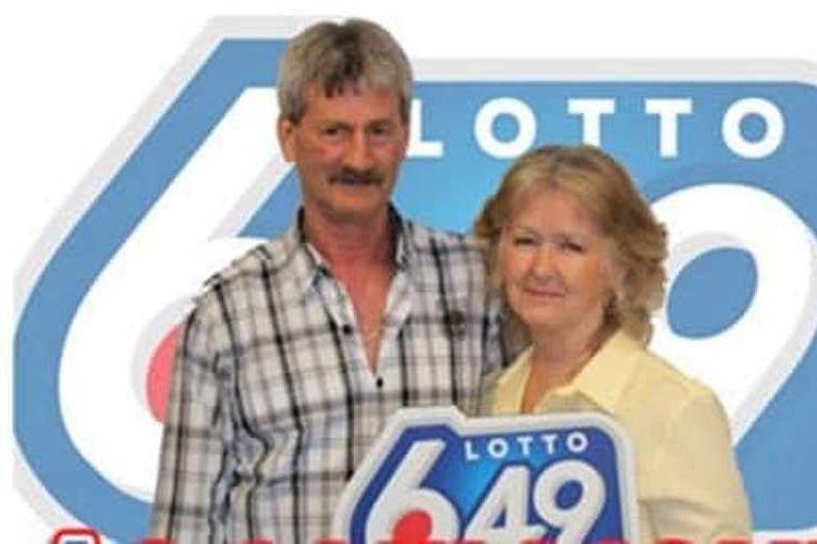 Douglas dan Barbara Douglas pemenang hadiah lotere.