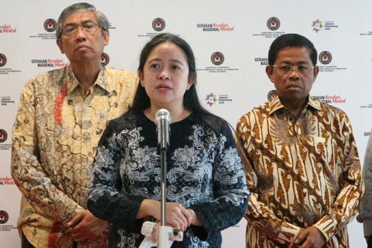 Menteri Koordinator Bidang Pembangunan Manusia dan Kebudayaan Puan Maharani ketika ditemui usai memimpin rapat koordinasi di Kantor Kemenko PMK, Jakarta, Selasa (20/3/2018).