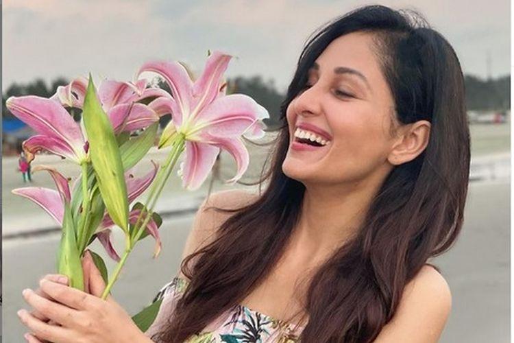 Artis Bollywood Pooja Chopra.